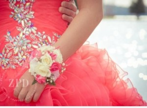 Prom flowers, prom boutonnieres, Prom corsage
